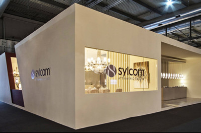 Sylcom stand
