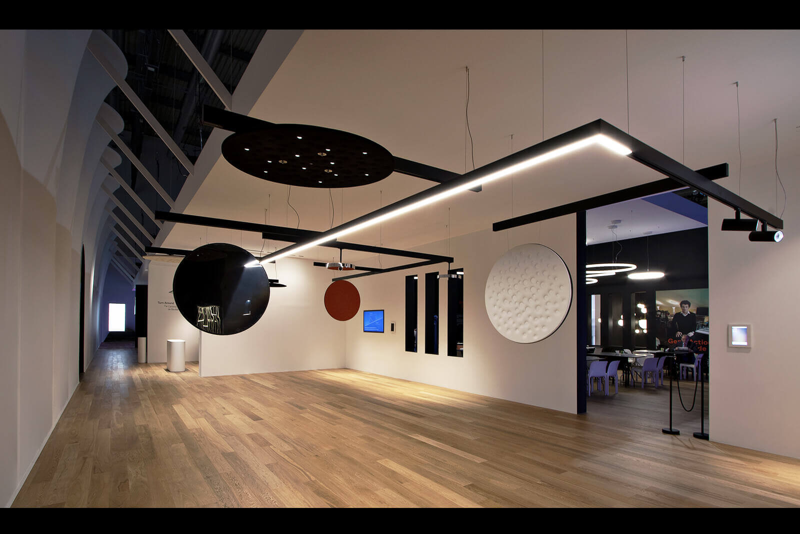 Euroluce Milano - Artemide - Dass stand fieristici